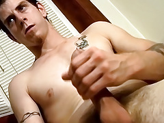 Str8 Naked Amateur Guy Jerks Off and Try-out for StraightNakedThugs - Seth G