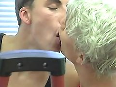 Three hot twinks kiss and sucks in gym