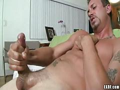 Lusty mature gay jizzes